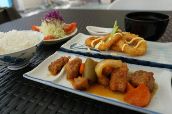 TAKA HARIの食事