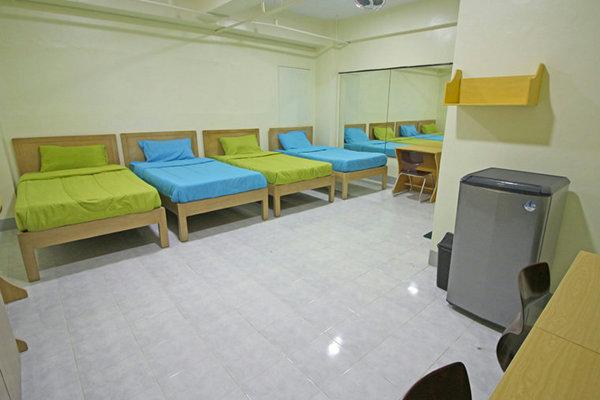 IMS BANILADキャンパスの4人部屋