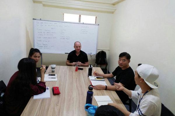IMS BANILADキャンパスのネイティブグループクラス