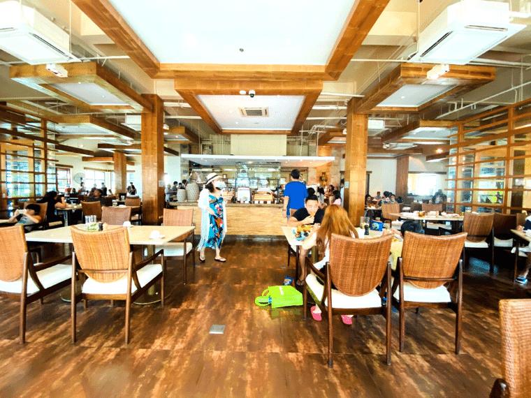 クリムゾンリゾート・レストラン