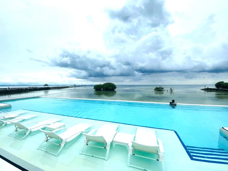 パシフィックセブリゾート・インフィニティ―プール