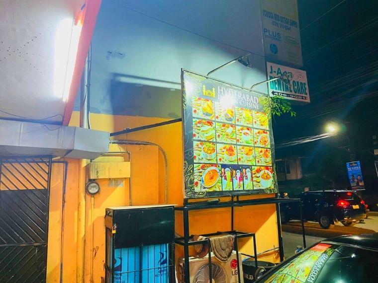 Hyderabadの看板